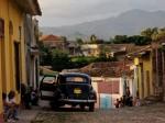 Josh Manrng- street level photographs - Cuba Exhibit-20